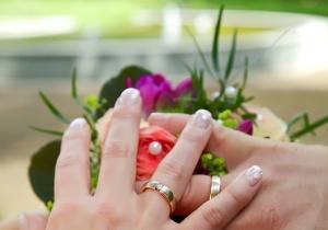 Hochzeitsringe, Ringübergabe